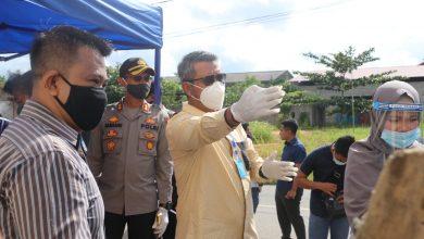 Photo of Tinjau Pasar Murah, Bupati Apri Pastikan 3.000 Paket Sembako Tepat Sasaran