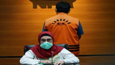 Photo of Rachmat Yasin Eks Bupati Bogor Ditahan Penyidik KPK