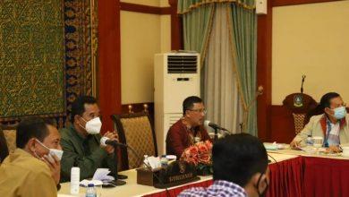 Photo of Pjs Gubernur Bahtiar Pimpin Rapat Pemulihan Ekonomi di Kepri