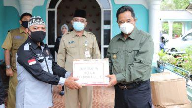 Photo of Bahtiar Sebar Masker Ke Masyarakat Pesisir
