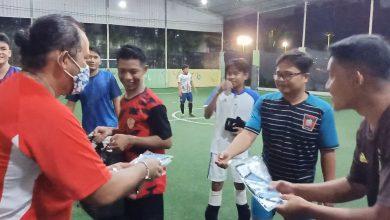 Photo of Jurnalis PSJK dan Jurnalis Sport Bagikan 500 Masker