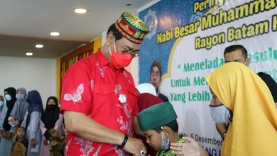 Photo of Pilih Hadiri Maulid Nabi, Soerya – Iman Didoakan Anak Yatim