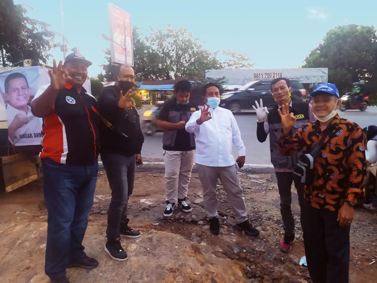 Demi Ansar - Marlin, Ketua dan Sekretaris Golkar Kepri Turun Langsung ke Masyarakat
